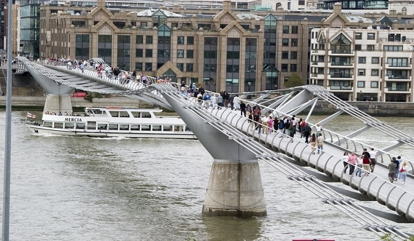 Millenium Bridge Londres Inglaterra